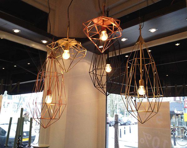 Woonartikelen en woonaccessoires bij Nisha, woonwinkel in Utrecht. Lampen, metalen lampen, koperen lampen. http://feelgoodnow.nu/woonartikelen-en-accessoires-bij-nisha/