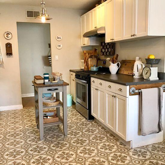 Flooded Kitchen Floor: 17 Best Ideas About Linoleum Kitchen Floors On Pinterest