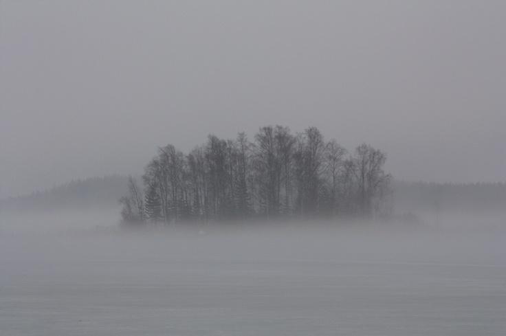 lauluni sadepäivän varalle: Huhtikuu