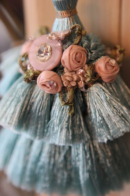 Romancing the Home: Tassels- The Perfect Embellishment