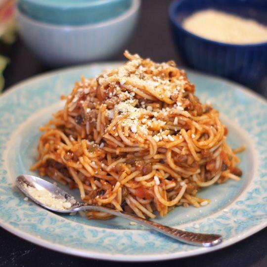Cashew Parmesan. A quick & easy dairy-free alternative!