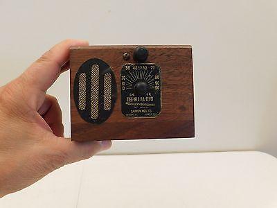 VINTAGE-1930s-MINIATURE-034-TEE-NIE-RA-DI-O-034-ANTIQUE-DEPRESSION-ERA-OLD-RADIO