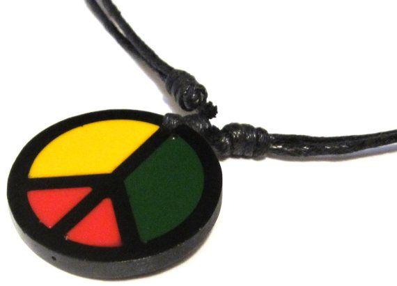 Collier unisexe ajustable    Symbole de paix avec les couleurs rasta    Pendentif paix : Apx. 1 & 1/4 pouce x 1 « & 1/4 »    Ce collier est pour