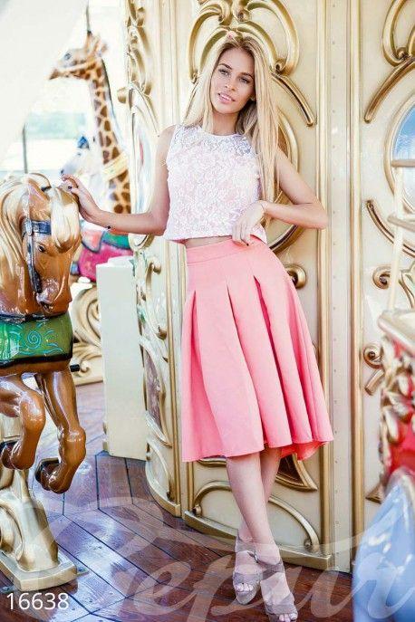 #юбочный #костюм #гипюр #гепюр #высокая #юбка #миди #клеш #короткий #топ #летний #образ #модный #лук #платье #для #мамы