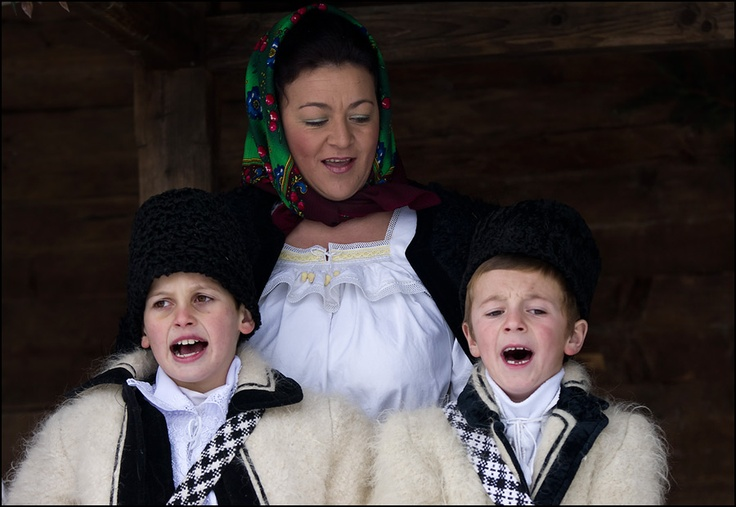 Romanian traditional folk costume, Maramures