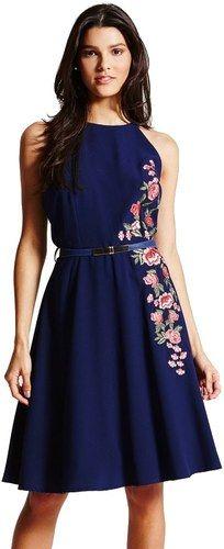 LITTLE MISTRESS Modré šaty s vyšívaným floral dekorem