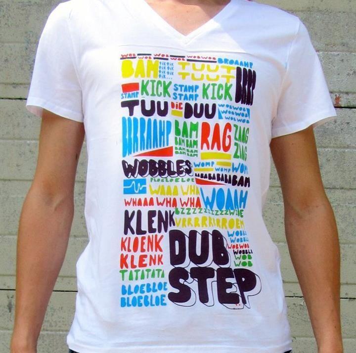 Cool shirt, cool text. Typografisch ontwerp, in vijf kleuren gezeefdrukt op textiel.