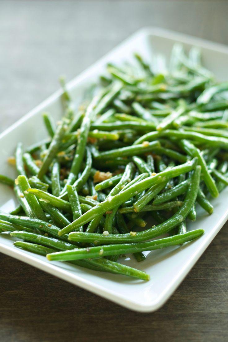 Crispy garlic onion green beans made with frozen green