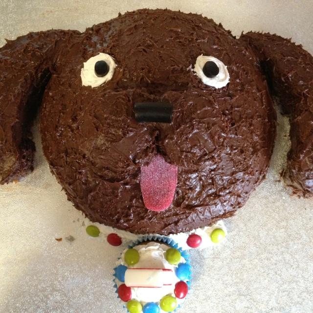 Puppy birthday cake-