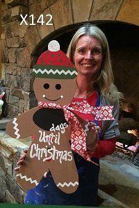 X142 - Gingerbread Man Door Hanger - Christmas Countdown Decor - Chalkboard Days Until Christmas Sign - Christmas Door Hanger