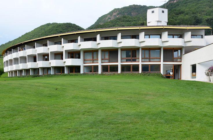 51 Seehotel Ambach | Othmar Barth | 1962.jpg 2.060×1.360 Pixel