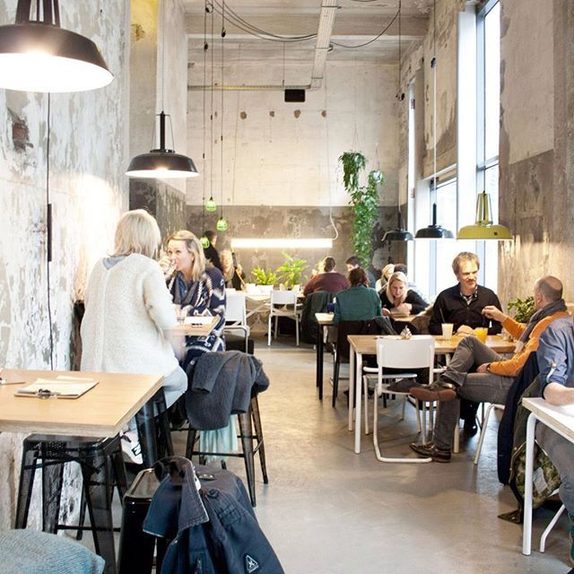 Interior Onder de Leidingstraat, Strijp-S Eindhoven | Deli | Supermercado | Industrial ||Foto by Mohn