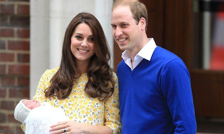 Charlotte de Cambridge vuelve a vestir ropa española para sus primeras fotografías oficiales
