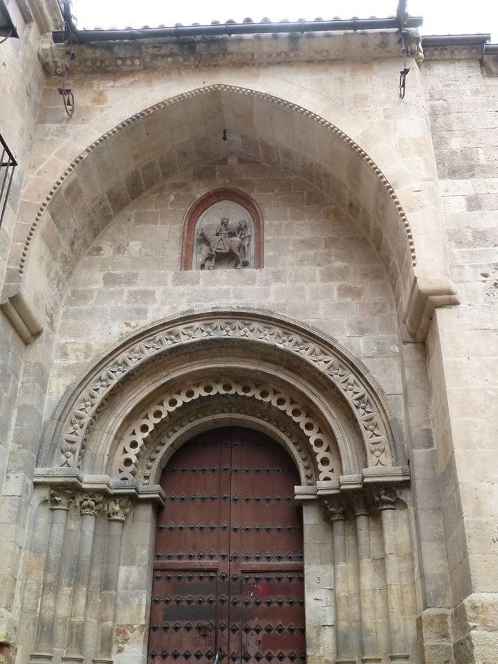 Portada rom nica de la iglesia de san mart n de tours en for Architecture byzantine