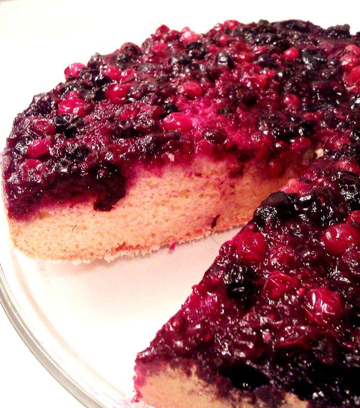 Upside down sponge cake with red berries