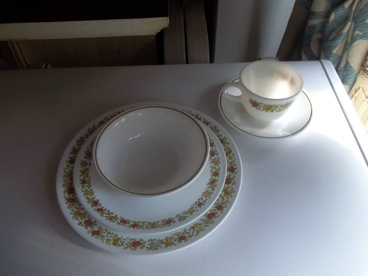 5 Piece Corelle Spice of Life Dinner Set by PyrexKitchen on Etsy