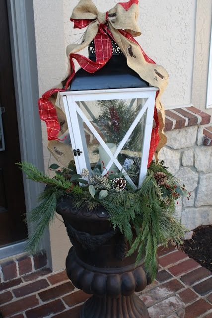 41 Amazing Christmas Lanterns For Indoors And Outdoors | DigsDigs  Photo #24  Lantern In A Urn  LOVE IT !!!