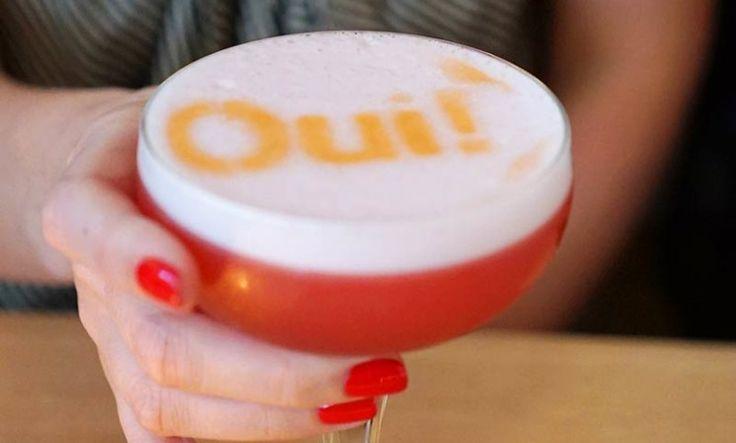 #Cocktail inpiration : Air France G'vine gin Floraison, maraschino liquer, lemon, pomegranate and egg white
