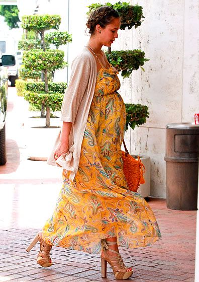 long yellow floral dress - maternity fashion style .....