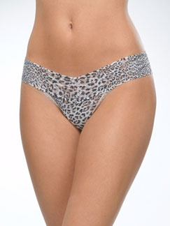 Lowrise Thong in Jaguar by Hanky Panky at Pesca Trend. Hanky Panky's signature lace thong sits lower on the hips. The world's most comfortable thong features a flattering V waistband. Offers no visible panty line. Thong provides minimal coverage in the back. Available in jaguar print. Body made from 100% nylon, trim from 90% nylon and 10% spandex, and lining made from 100% cotton in the USA by Hanky Panky.