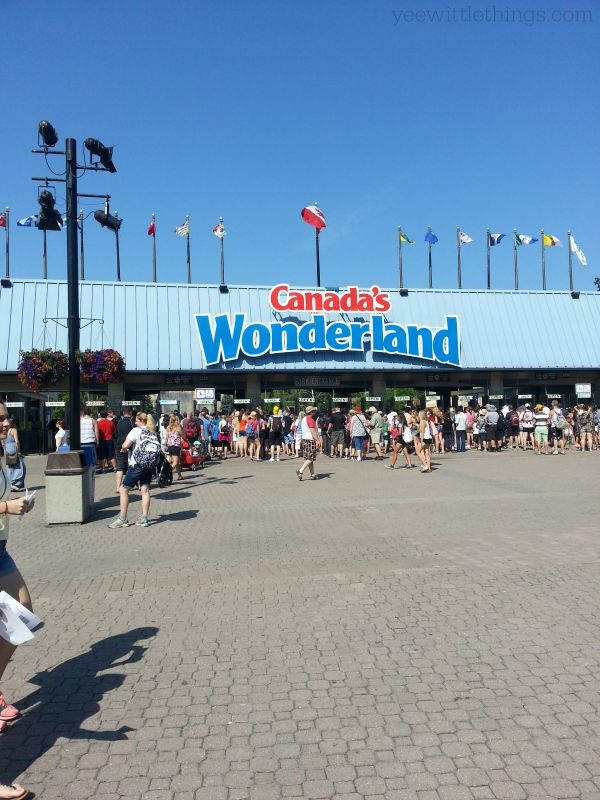 Canada's Wonderland Family Pass - CAN only - ends 8/1