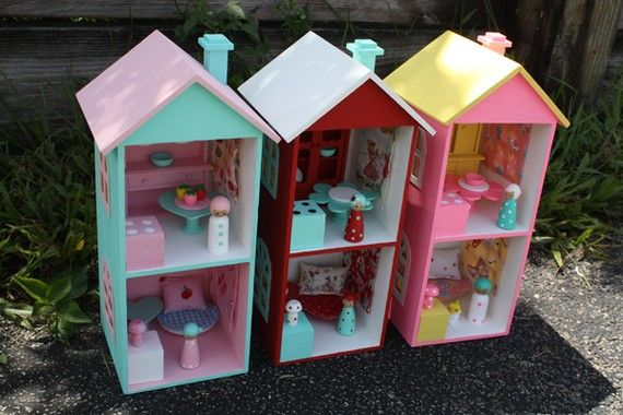 Woodsy Peg People doll House Cottage Aqua red by AnniesCupboards