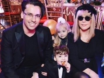 Maxim Galkin has shown where lives with Alla Pugacheva and children (the PHOTO, VIDEO)