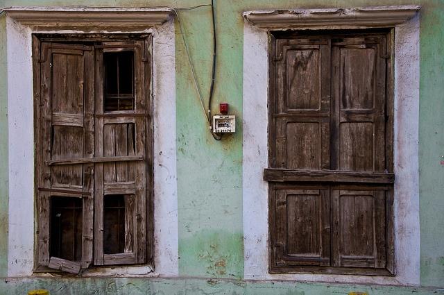 Windows by tonyb9, via Flickr