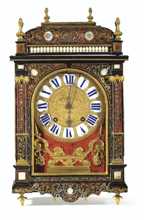 A RED TORTOISESHELL, MOTHER-OF-PEARL, BRASS AND PEWTER MARQUETRY MANTEL CLOCK, LOUIS XIV
