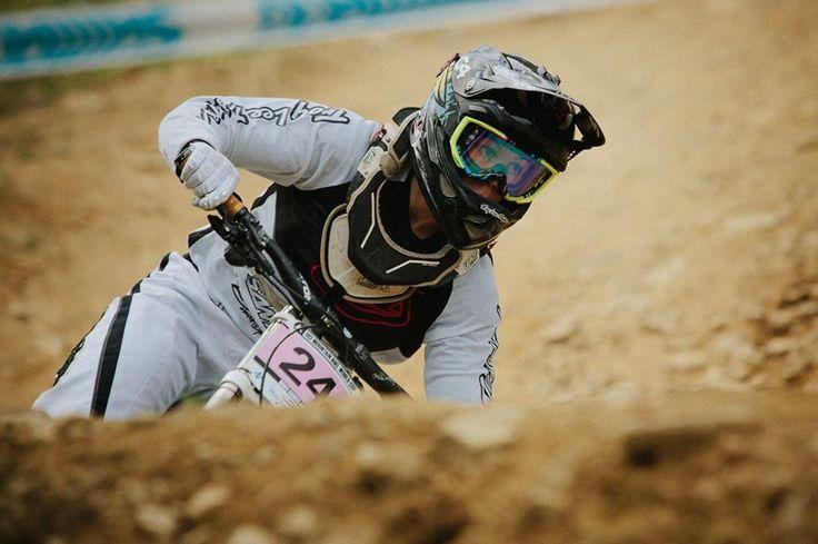 Jaime Hill #mountainbiking #love #mountainspots #mountainsports #travel #travelling #fun #britishcolumbia #canada #extremesports #xtremespots #xtremespotsgram @jaimerhill