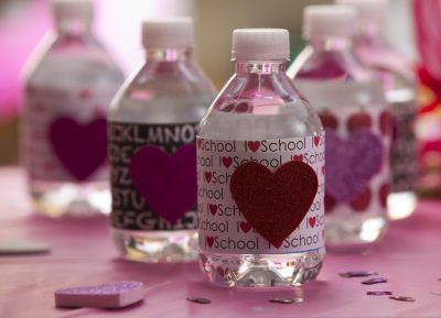 17 best images about valentines day at school snacks and for Diy mineral water bottle