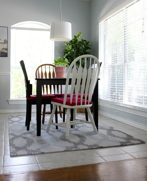 Ikat Links Rug from West Elm in a breakfast room! via @hisugarplum: Breakfast Rooms, Ikat Link, Table And Chairs, Ikat Rugs, Link Rugs, Elm Custom, Rugs West Elm, Breakfast Tables, Tables And Chairs