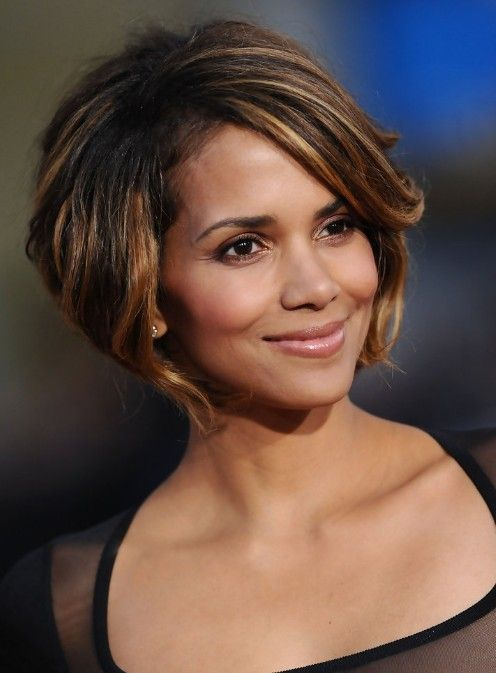 Halle Berry Bob Frisur: Cute Chin Length Bob Cut