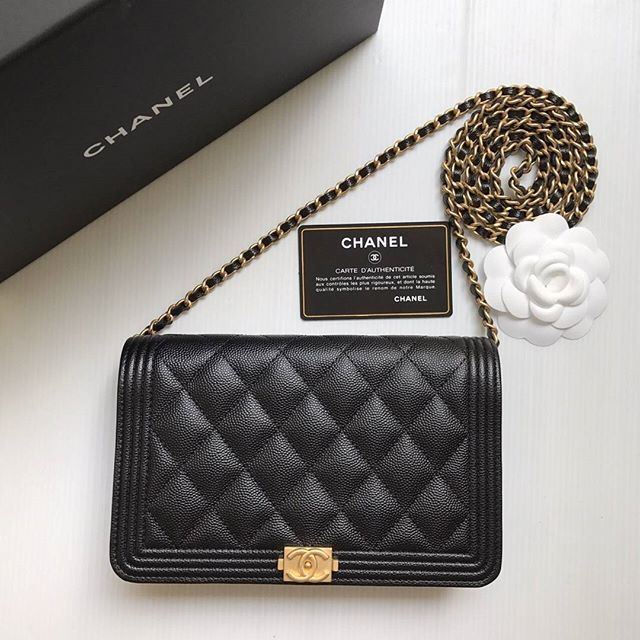 d5268c2c3f97 New !! Chanel Woc boy black caviar ghw holo25 full set copy rec ...