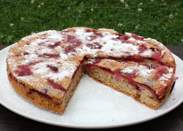 Jednoduchý a výborný slivkový koláč