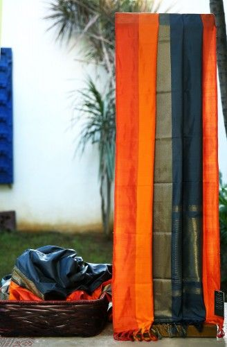 Lakshmi Handwoven Kanjivaram Silk Sari 000313 - Brands / Lakshmi - Parisera