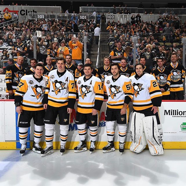 It's great to see the 2009  squad together again! #Pens