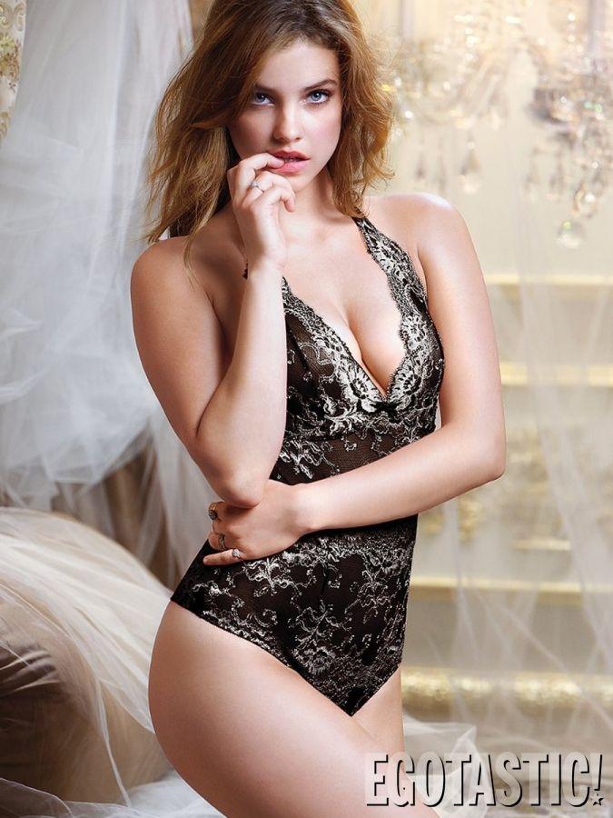 Palvin Barbara in Victoria's Secret