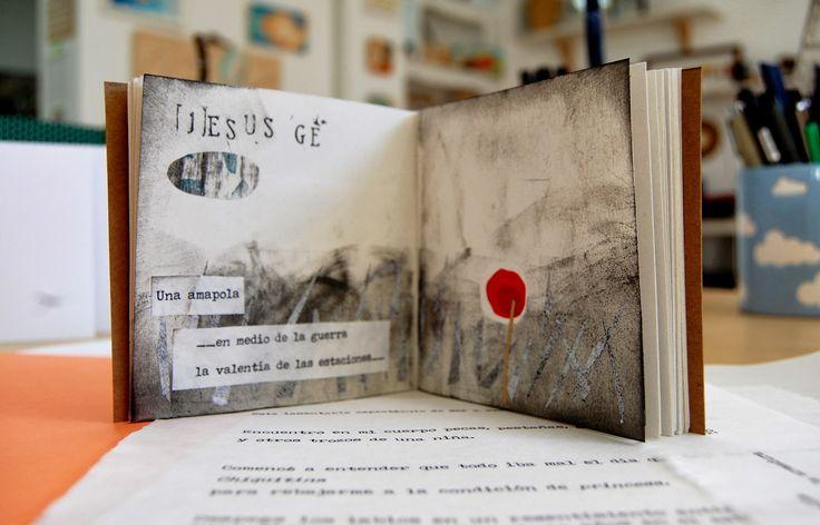 """Título:""""Poemario visual"""" Técnica: Collage y letterpress Autor: Stella Rubio. Bcn. Año realización: diciembre 2013 Libro-poemario para..."""