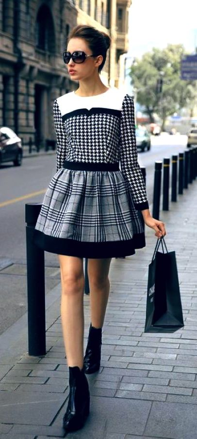 I like this top-interesting pattern and blocking. Skirt contrasts-would like it to the knee.