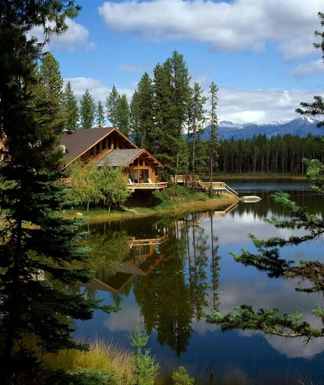 Pin By Maria A Lopez On Lake House Lake House Cabin Cabins In The Woods