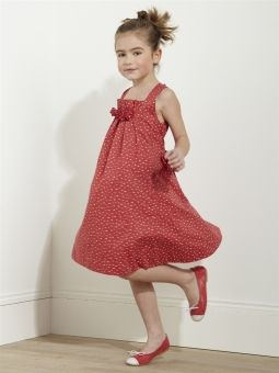 Modèle : Robe bouron de rose rouge - Pour le cortège - Robes de mariée