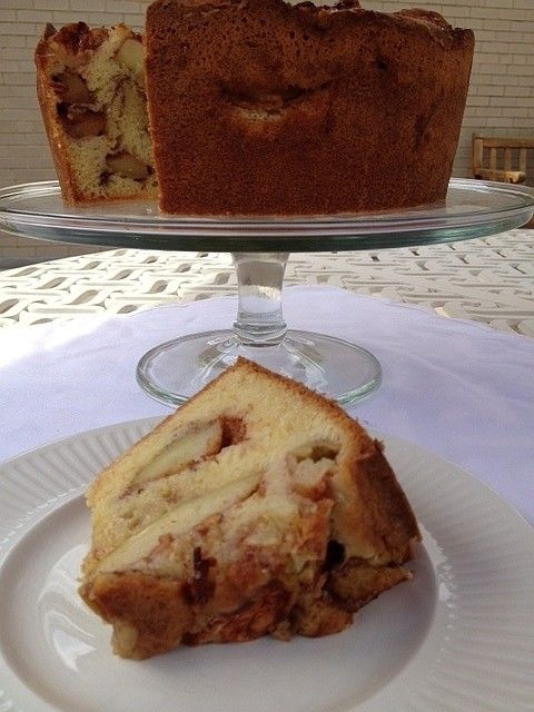 Apple cake that smells like 'my grandmother's kitchen' - All We Can Eat - The Washington Post