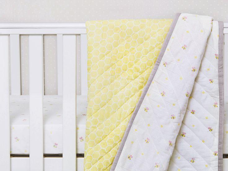 'Buzzing Bee' Organic Cotton Baby Blankets, Bee Baby Blankets, Swaddle Baby Blankets, Organic Baby Blankets, Organic Cotton Baby Blankets, Baby Quilts