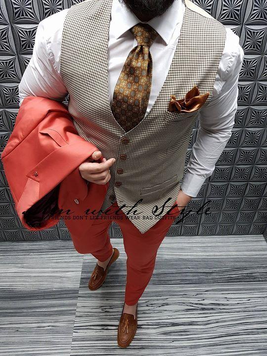 🎩 Nou ! Colectia LUXURY !🎩 Costum 650lei (sacou+pantalon)   Camasa 110lei    Pantof 350lei   Batista 35lei   Vesta …   Vest fashion, Homecoming  outfits, Mens suits