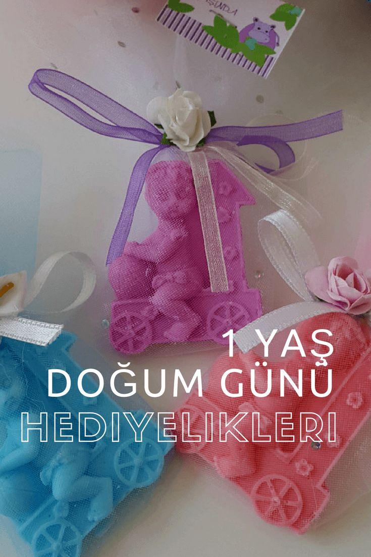1 yaş doğum günü hediyelikleri listesi ile misafirlerinize en iyi hediyeleri sunabilirsiniz. En güzel bebek doğum günü hediyelikleri fiyatları ile..