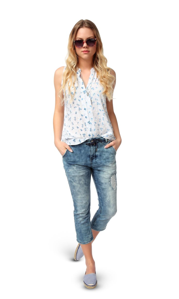 #jeans #sommer #fruehling #awg #blusentop #bluse #young #fashion #mode #style #outfit #sonnenbrille