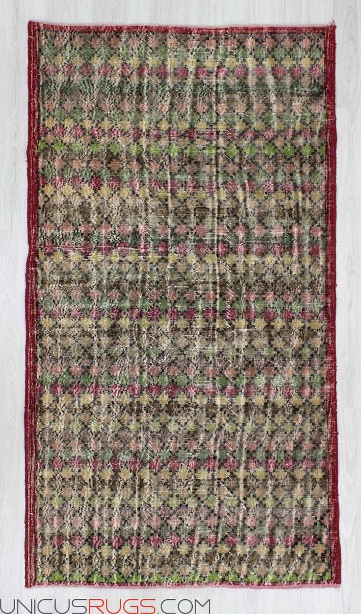 """Vintage art deco rug from Isparta region of Turkey. In very good condition. Approximately 45-55 years old. Width: 4' 1"""" - Length: 7' 4"""" Vintage Art Deco Rugs"""