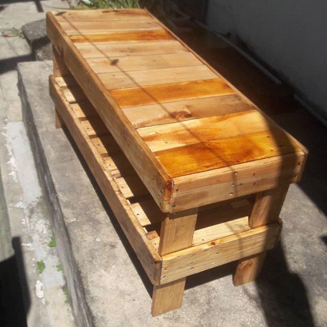 Pallet Side Table Ideas In 2020 Pallet Ideas Easy Wood Pallets Pallet