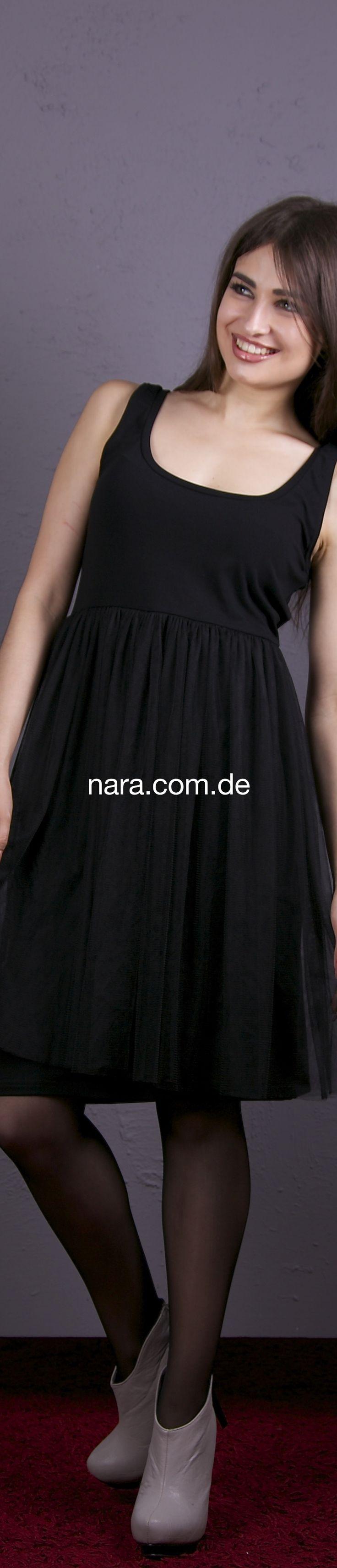 www.nara.com.de   Abendkleid, Ballkleid,  Abschlussballkleid, Galarobe, festliches Kleid, pure Glamour, Festliche Robben, schulterfreie Kleider, Maxikleid, Asymmetrisches Kleid,  ***Cocktailkleid, Partykleid, Volantkleid, Außergewohnliches Abend Cocktaikleid sehr aufwendiges Kleid, das etwas andere, Paillettenkleid, One-Shoulder-Kleid, Minikleid, enges Kleid, sexy Kleid, kurzeskleid, Bandeau-Kleider, Bustierkleid, Ballonkleid, Spitzenkleid, Babydoll Kleid